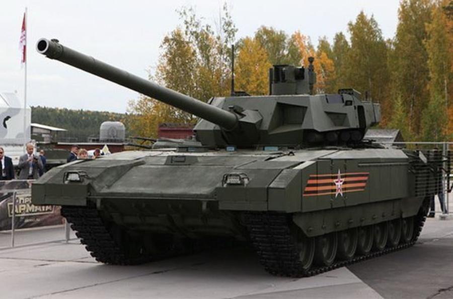 Разработчик танка «Армата» рассказал, когда его начнут поставлять в войска