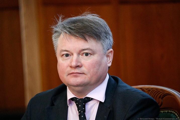 Областное правительство заявило о «забелении» 10-15% калининградских зарплат