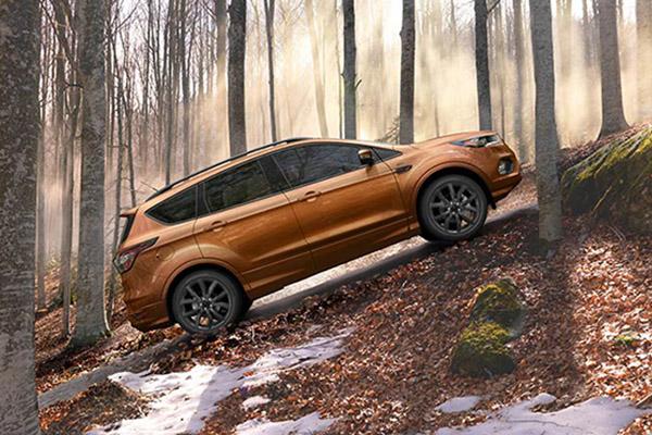 Смарт-кроссовер Ford Kuga нового поколения уже в «Форд Центр Калининград»
