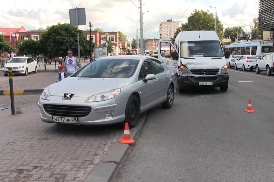 вакансии водитель на пежо партнер в москве