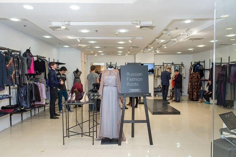 a6bd899170ca В начале октября в Москве в мультибрендовом магазине торговой галереи  «Модный Cезон» откроется корнер калининградского дизайнера Лоры Бровко.