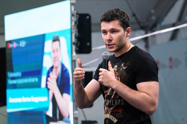 Алиханов рассказал, как приятно работать губернатором