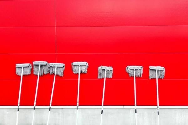 Как сэкономить на уборке и добиться чистоты в доме