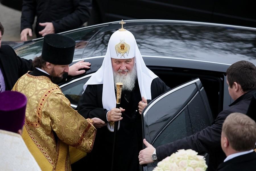 Патриарх Кирилл предложил сделать церковные приюты для одиноких женщин