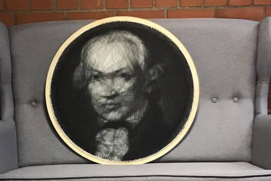 портрет философа Иммануила Канта, выполненный из ниток