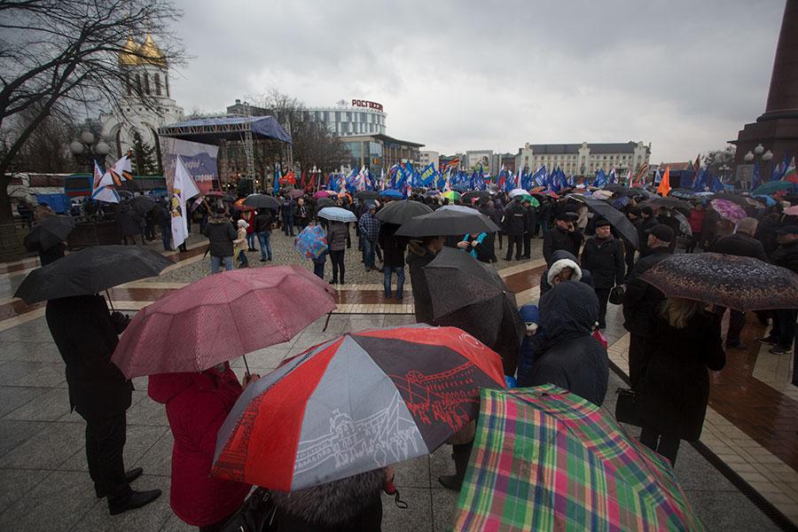 Путин подписал закон овстречах депутатов сизбирателями