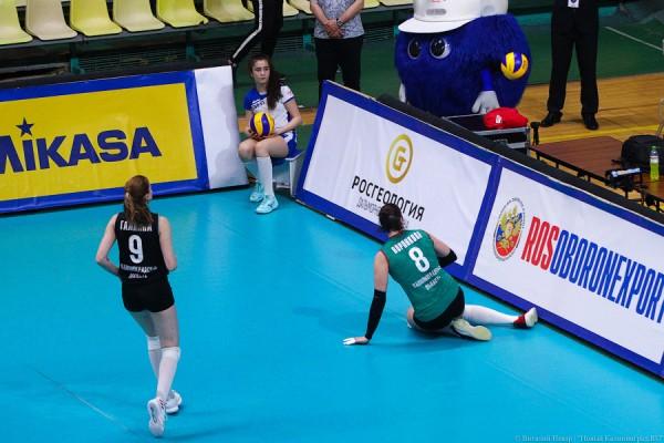 Волейболистки «Локо» борются за победу в Суперлиге. Пока без шансов (фото)