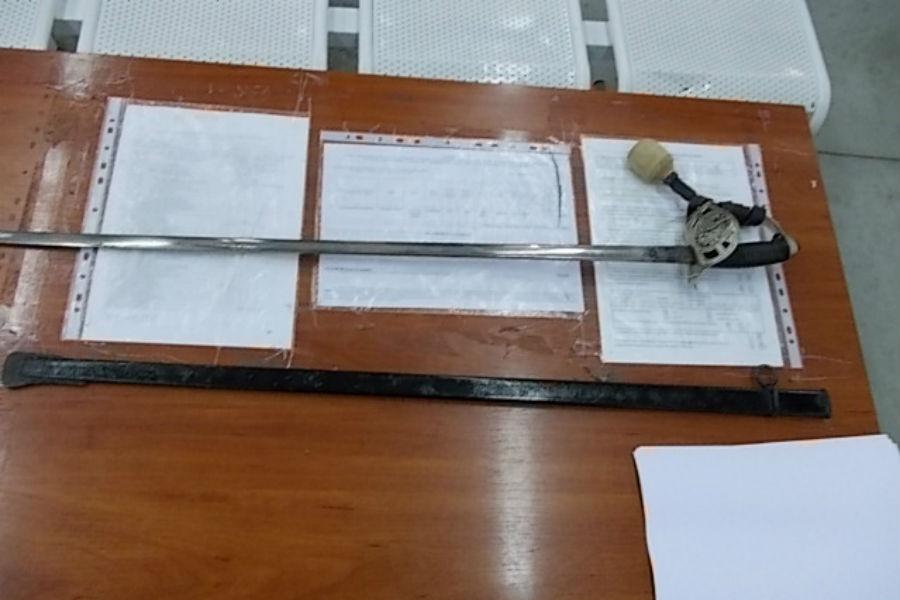 Калининградец сантикварной шпагой схвачен напольско-российской границе