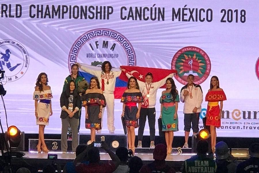 Золото исеребро чемпионата мира потайскому боксу выиграли спортсменки изПодмосковья