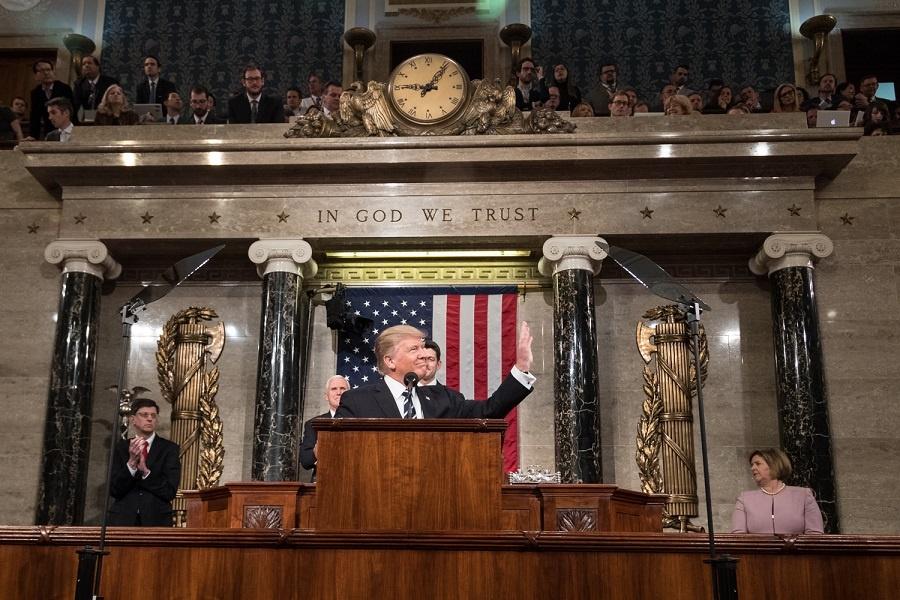 Обаме инеснилось: социологи назвали провальный рейтинг Трампа