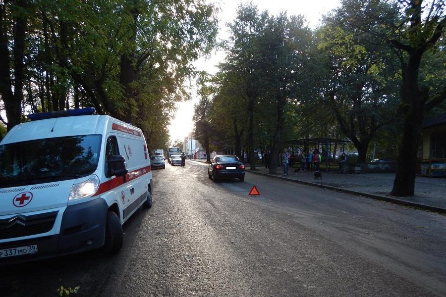 ВКалининграде под колесами грузового автомобиля погибла пенсионерка