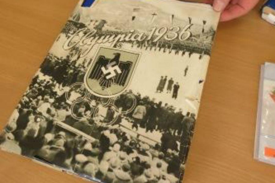 Упассажира поезда «Калининград-Петербург» изъяли книги времен 3-го рейха