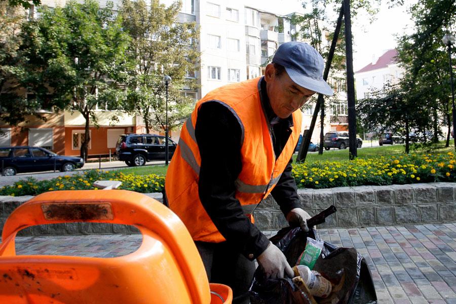 РФ в 2018 привлечет на20% менее иностранных работников