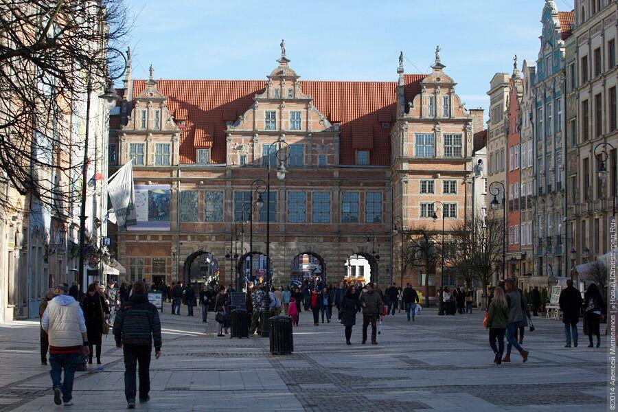 Президент Польши лишил страну воскресной торговли