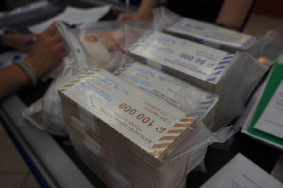 Приставы арестовали неменее 2 млн руб. вмагазинах «Вестер»— УФССП