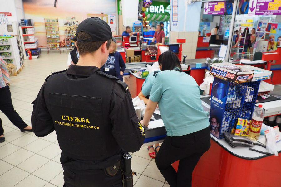 УФССП: приставы арестовали неменее 2 млн руб. вмагазинах «Вестер»